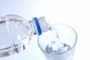 腸活・水を飲む